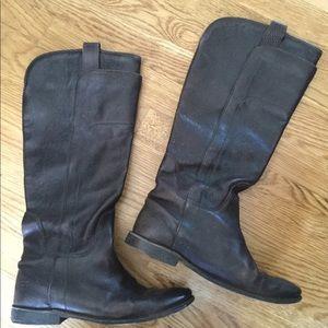 Frye. Dark brown boots. Size 7.